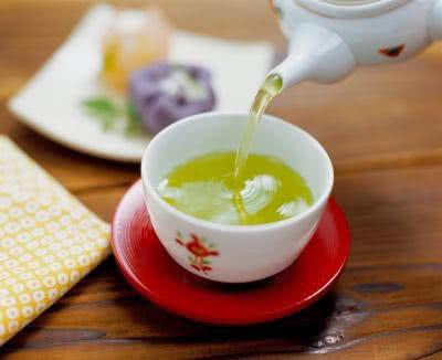 Uống trà xanh tốt cho sức khỏe