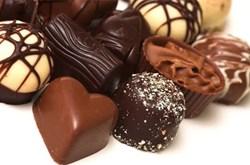 Ăn socola tốt hơn rau quả?