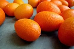Các loại trái cây chứa nhiều canxi