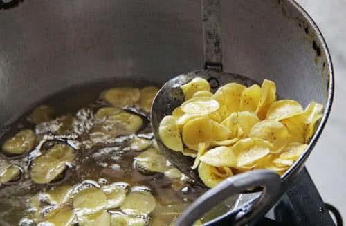 Cách làm món bim bim chuối ngon