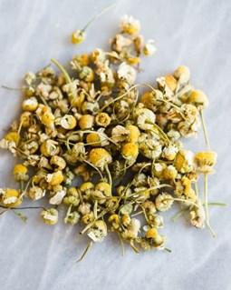 Giữ tóc nhuộm lâu phai màu bằng các loại trà thảo mộc