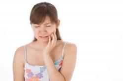 Cách giúp giảm đau khi mọc răng khôn