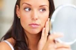 Dấu hiệu trên da nhận biết bệnh gan