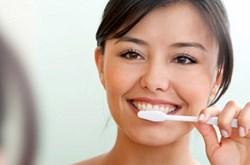 Đánh răng không đúng cách có thể gây bệnh