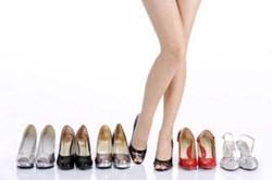 Mẹo nới rộng giày chật
