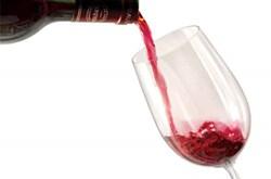 Rượu vang hạn chế tế bào ung thư phổi