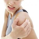 Cách rèn luyện chống đau xương khớp khi giao mùa