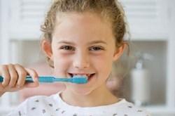 Cách chọn bàn chải đánh răng tốt nhất cho bé