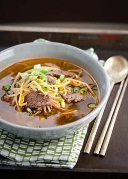 Cách làm món canh giá đỗ thịt bò