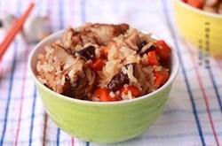 Cách làm cơm sườn nấm ngon