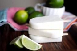 Cách làm kem sữa chua chanh dừa chua thanh mát lịm