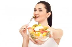 Ăn trái cây đóng hộp không tốt