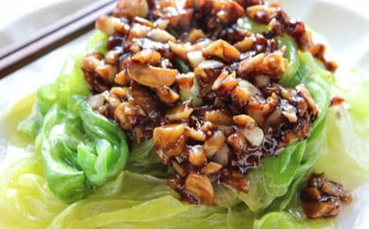 Cách làm món bắp cải luộc sốt tỏi