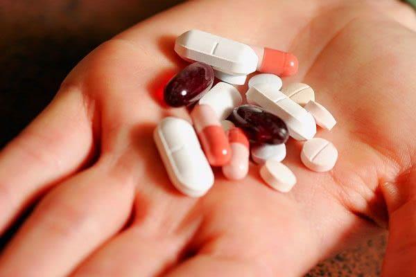 Ngộ độc tai do uống thuốc kháng sinh