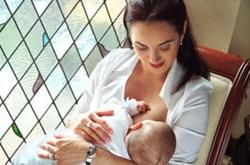Các mẹo giúp mẹ có nhiều sữa cho con bú