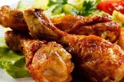 Người kiêng không nên ăn thịt gà
