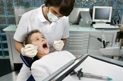 Nguyên nhân gây sâu răng và cách điều trị sâu răng