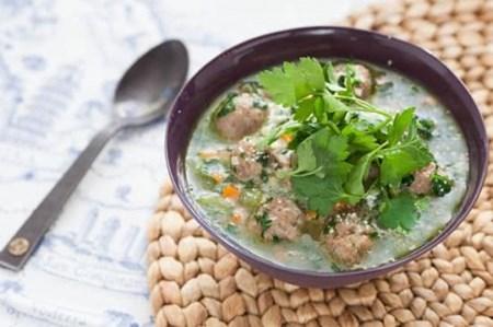 Cách làm món súp nui gà viên thơm ngon