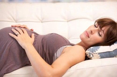 Cách giúp giảm mệt mỏi khi mang bầu
