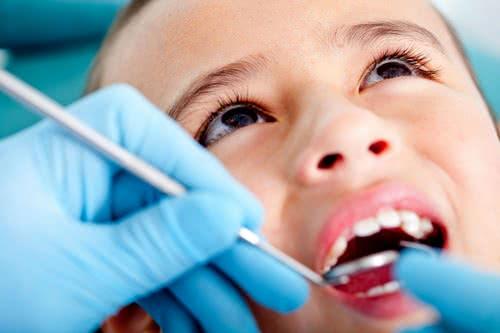 Trẻ bị sâu răng, phòng ngừa sâu răng