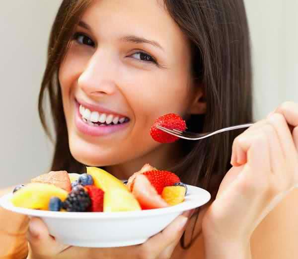 Ăn hoa quả tươi phòng ngừa nhiệt miệng, viêm loét miệng