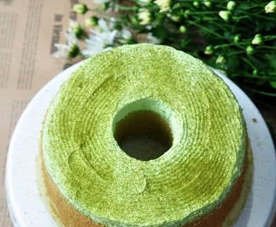 Cách làm bánh chiffon trà xanh thanh mát ngày hè