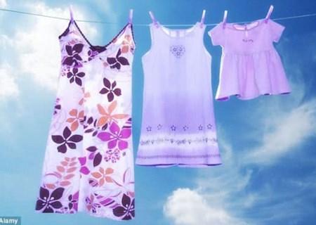 Có nên giặt quần áo mới trước khi măc?