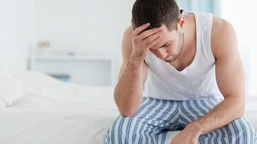 Các triệu chứng của bệnh ung thư tinh hoàn
