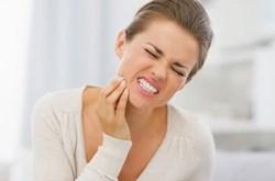 Mẹo giảm đau khi mọc răng khôn
