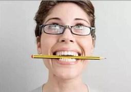 Mẹo chữa bệnh đau đầu bằng 1 chiếc bút chì