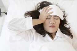 Đau nửa đầu có thể do thiếu vitamin D