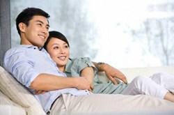 Dấu hiệu chồng yêu vợ thực lòng