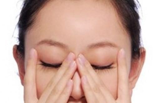 Cách massage, bấm huyệt giúp trẻ lâu