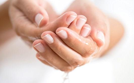 Bài thuốc điều trị ra mồ hôi tay