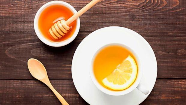Uống mật ong rất tốt vào buổi sáng