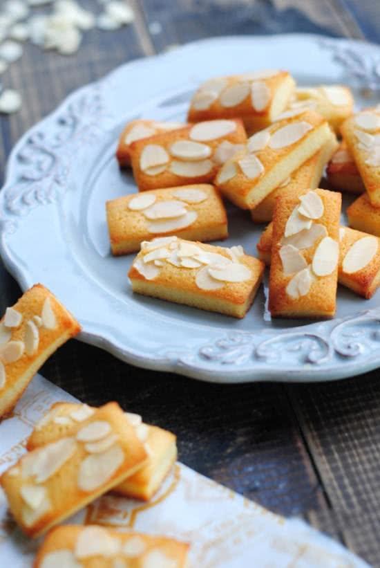 Bánh quy hạnh nhân