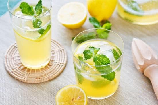 Nước chanh ngăn ngừa sỏi thận