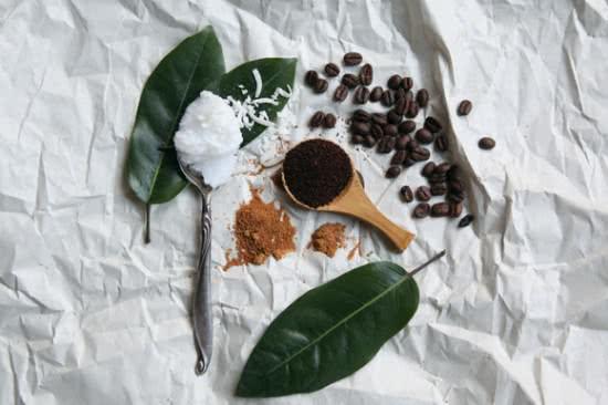 Bã cà phê giúp tẩy da chết