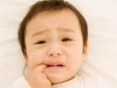 trẻ mọc răng, Những lưu ý khi trẻ mọc răng