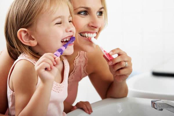 Cách nhận biết trẻ bị sâu răng 3