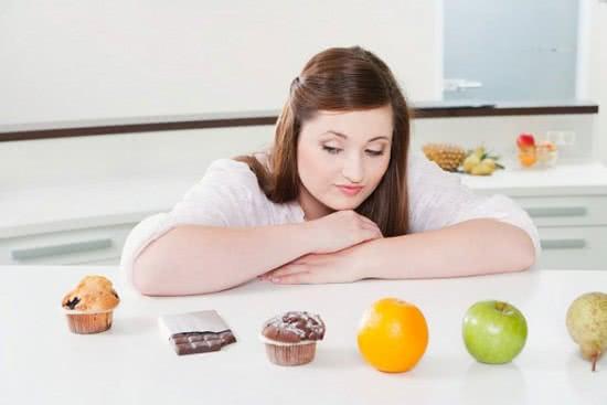Ăn kiêng gây hại xương khớp