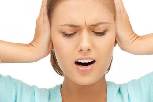 Bị ù tai dấu hiệu của bệnh nguy hiểm