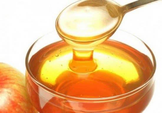 Mật ong giúp giảm thâm mắt