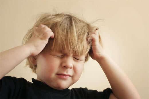 Đau đầu, chóng mặt là dấu hiệu của bệnh máu nhiễm mỡ