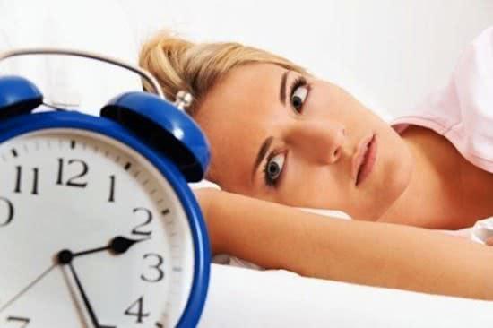 Thức khuya gây lão hóa da