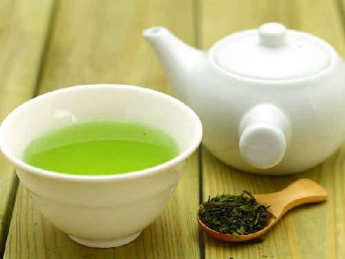 Người thiếu máu không nên uống trà
