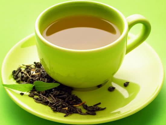 Bị sỏi thận không nên uống trà