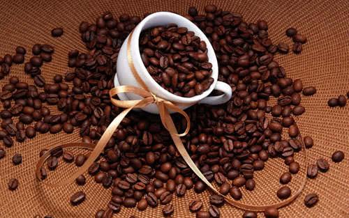 Cà phê, nhuộm tóc bằng cà phê