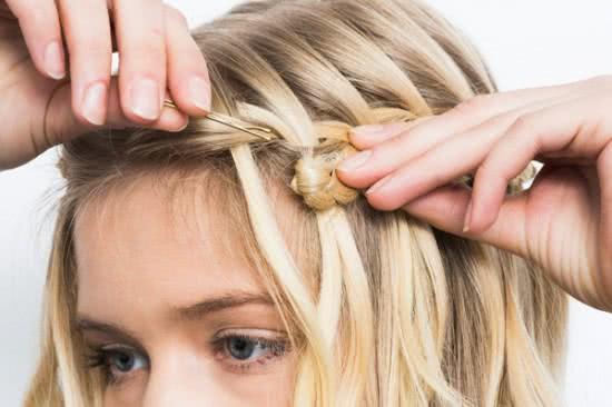 Đẹp dịu dàng với tóc tết thác nước 6