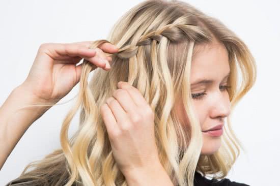 Đẹp dịu dàng với tóc tết thác nước 4